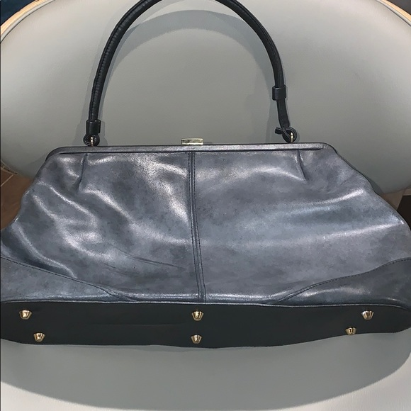 NWOT never used Newport 100% Leather Gray Purse!